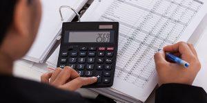 Inscripción de la renuncia del revisor fiscal se asemeja a la terminación del contrato de trabajo a término indefinido